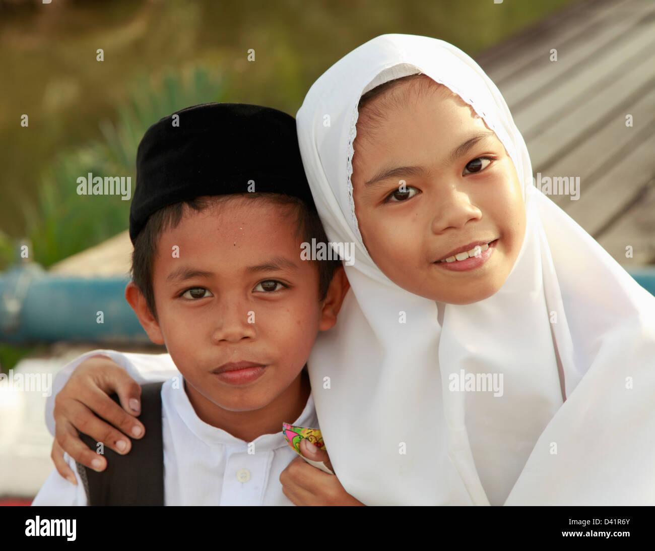 Brunei Bandar Seri Begawan, scolari, Immagini Stock