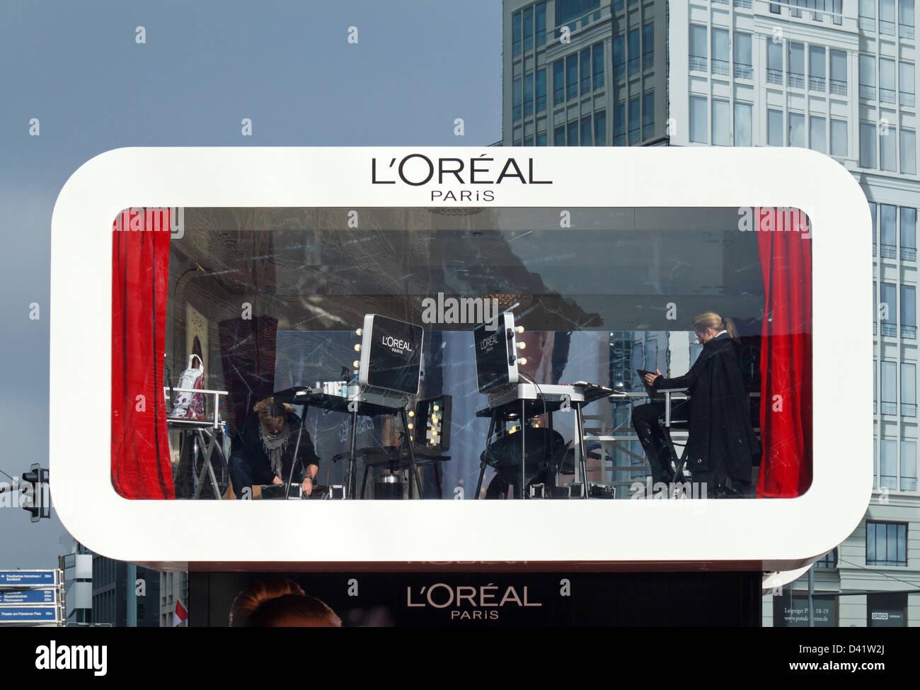 Berlino, Germania, una campagna per un programma strutturato di Loreal Paris Studio Immagini Stock