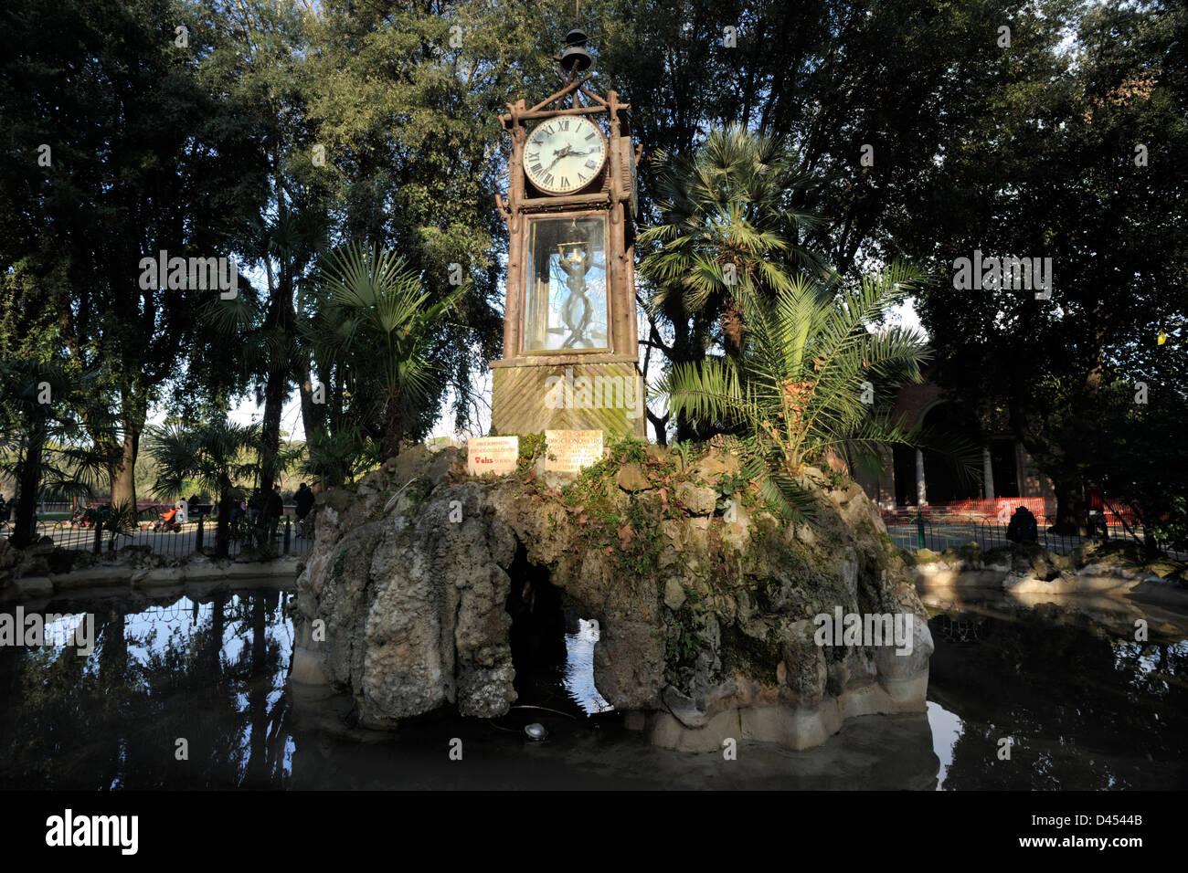 Italia roma villa borghese e il pincio orologio ad acqua foto
