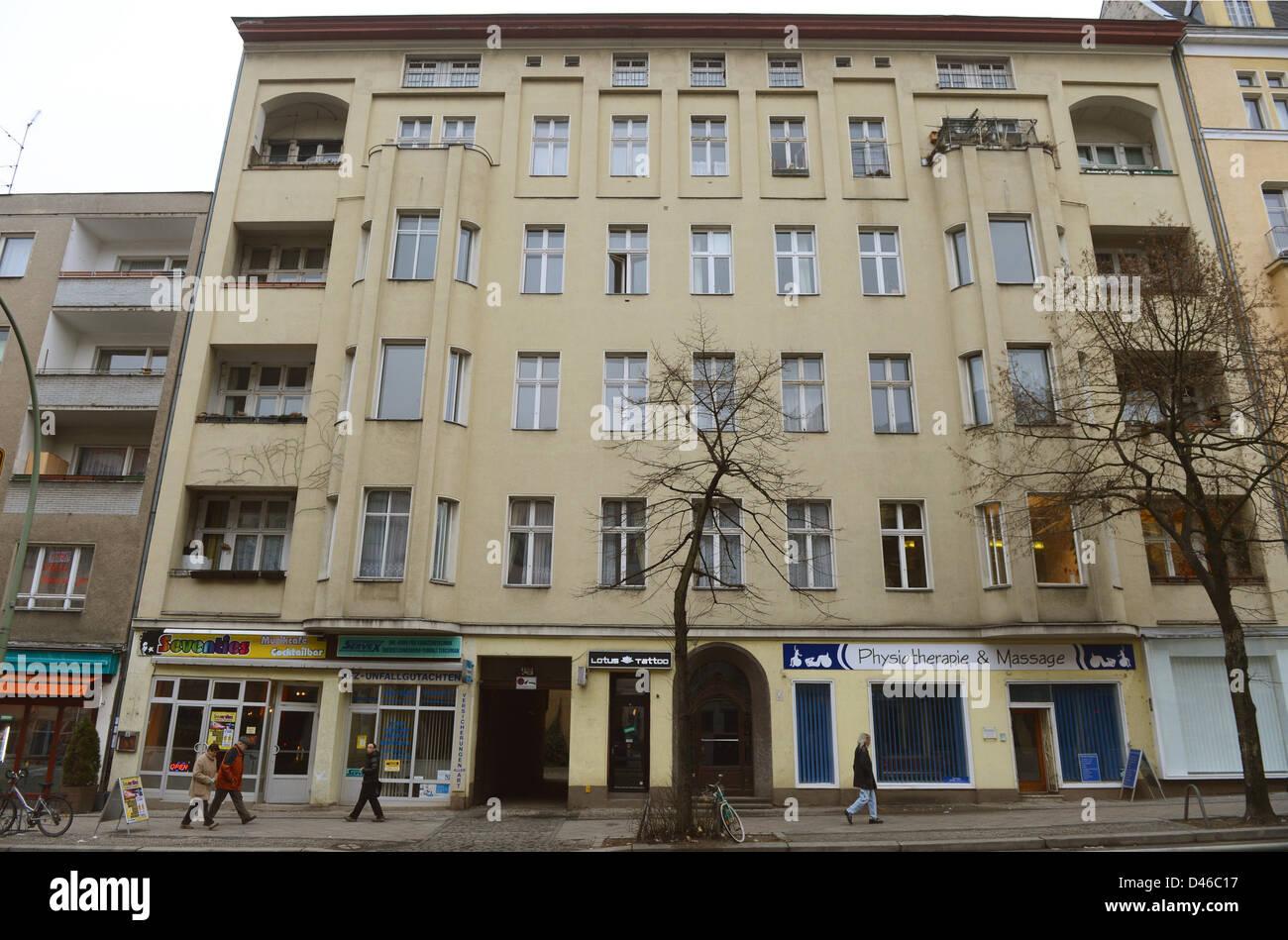 Vista della casa a 155 Hauptstrasse, dove David Bowie risieduto ...