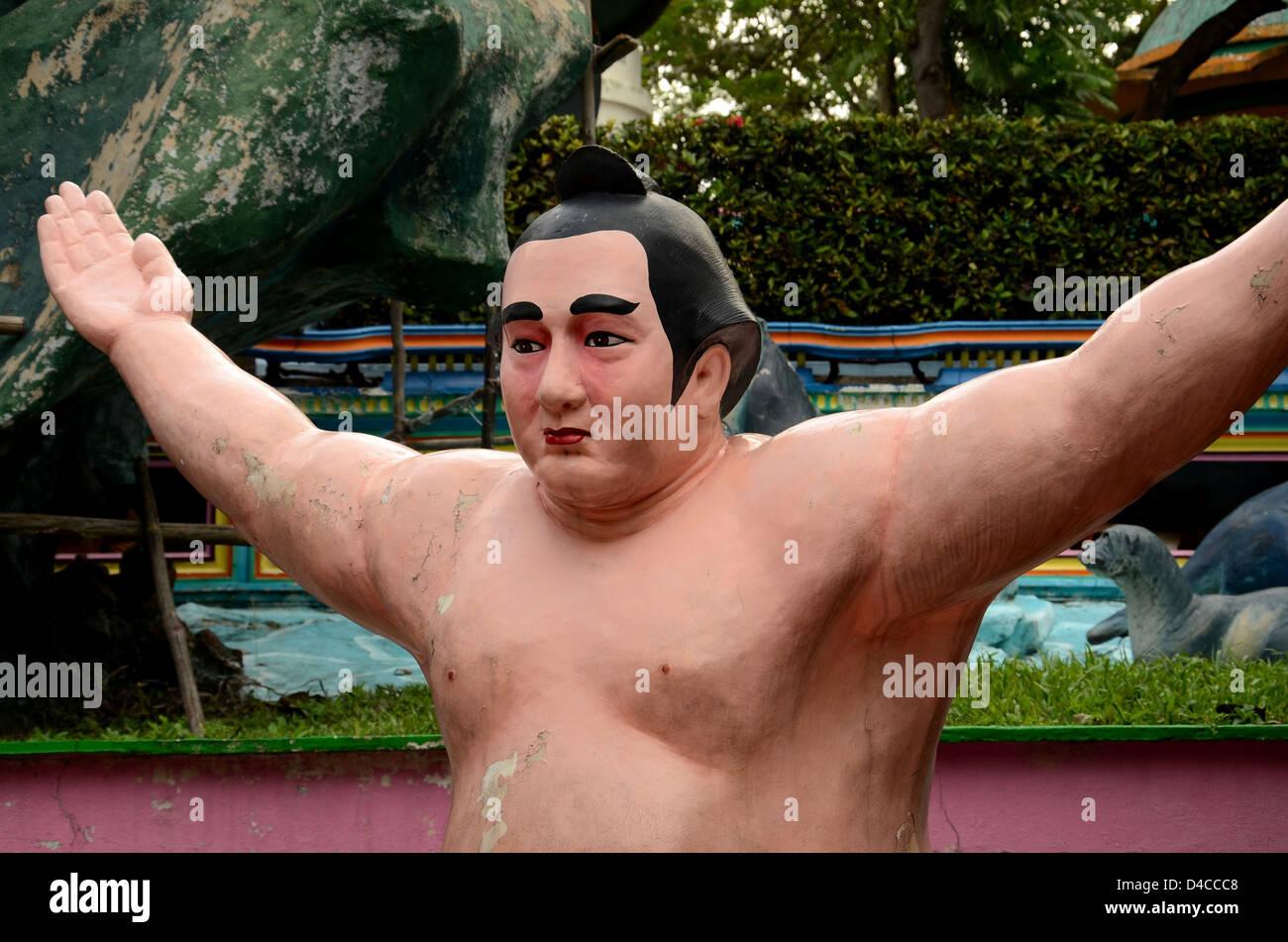 Statua di giapponese lottatore di Sumo Immagini Stock
