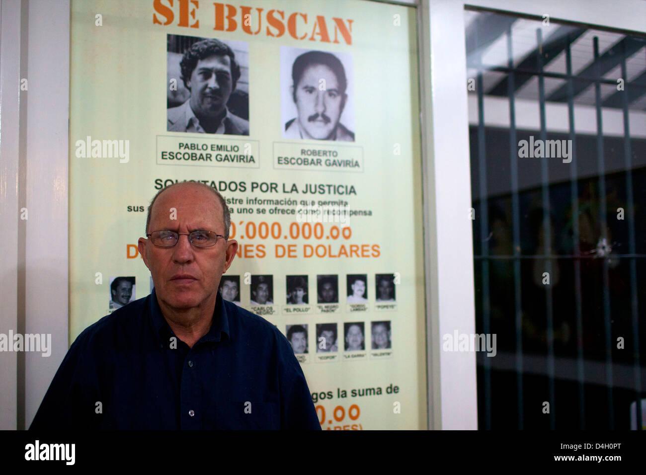 Roberto Escobar nella sua casa di Medellin, offrendo 2 milioni di dollari americani per la sua cattura, Colombia, Immagini Stock