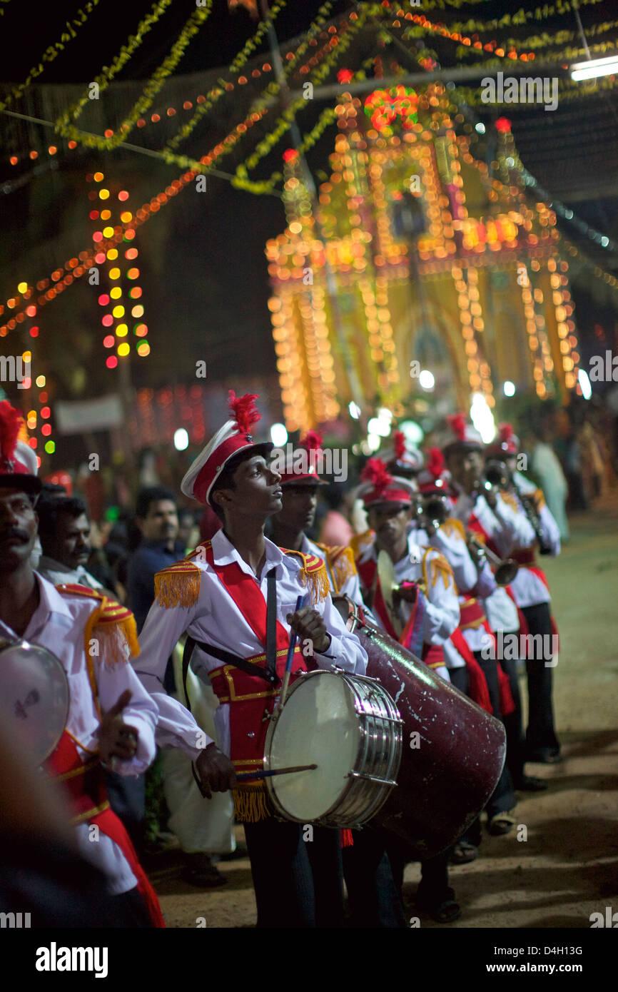 Celebrazione cristiana per San Sebastian compleanno nel piccolo villaggio di Poovar sulla costa sud del Kerala, Immagini Stock