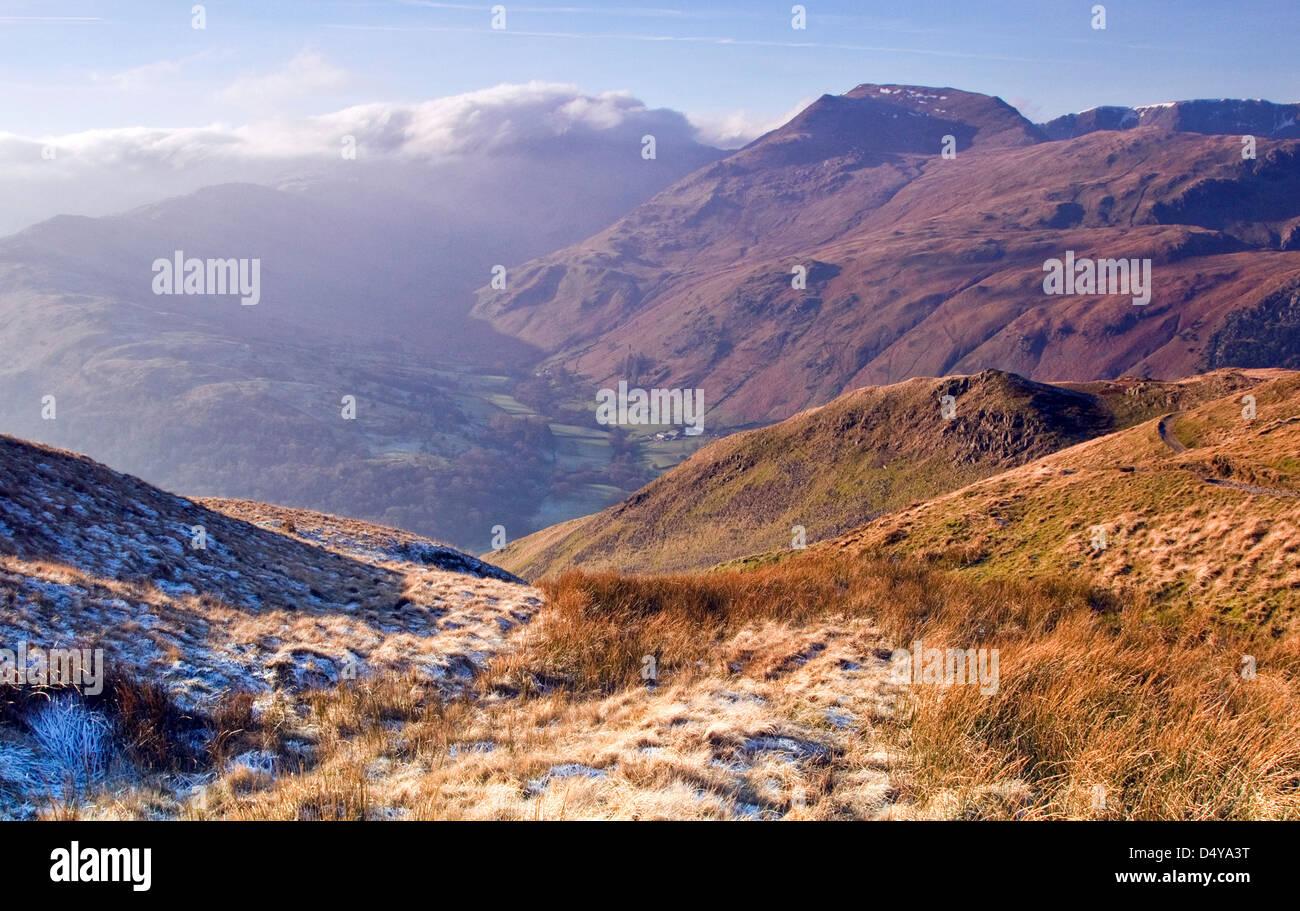 Angolo Tarn cadde, Gennaio, area Patterdale, Parco Nazionale del Distretto dei Laghi, North East Lake District Cumbria Immagini Stock