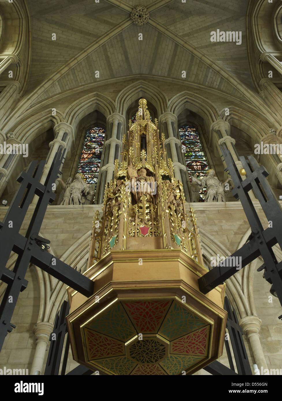 Cattedrale di Southwark tettoia font Immagini Stock