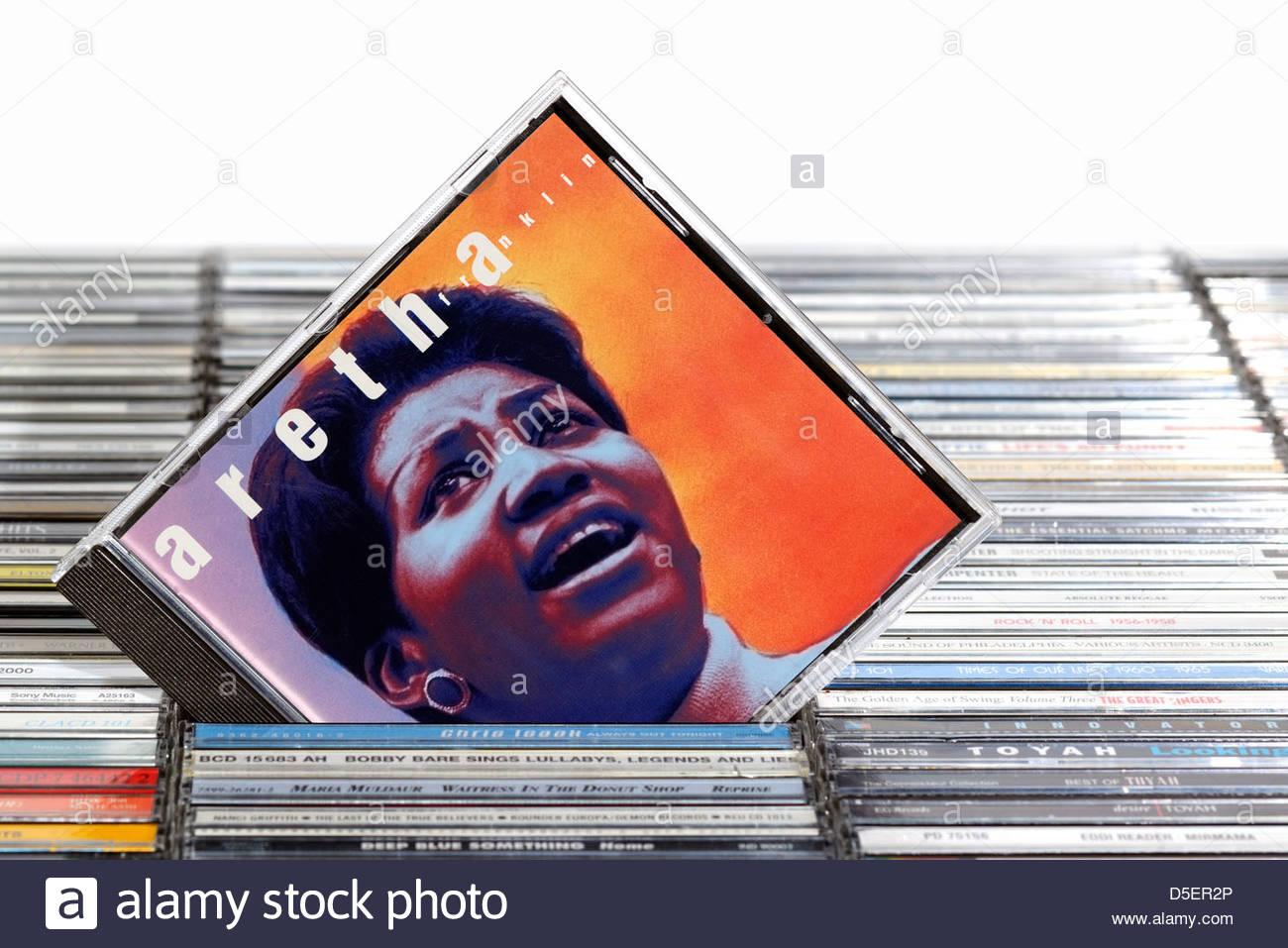 Aretha Franklin album, impilati CD musicale casi, Inghilterra. Foto Stock