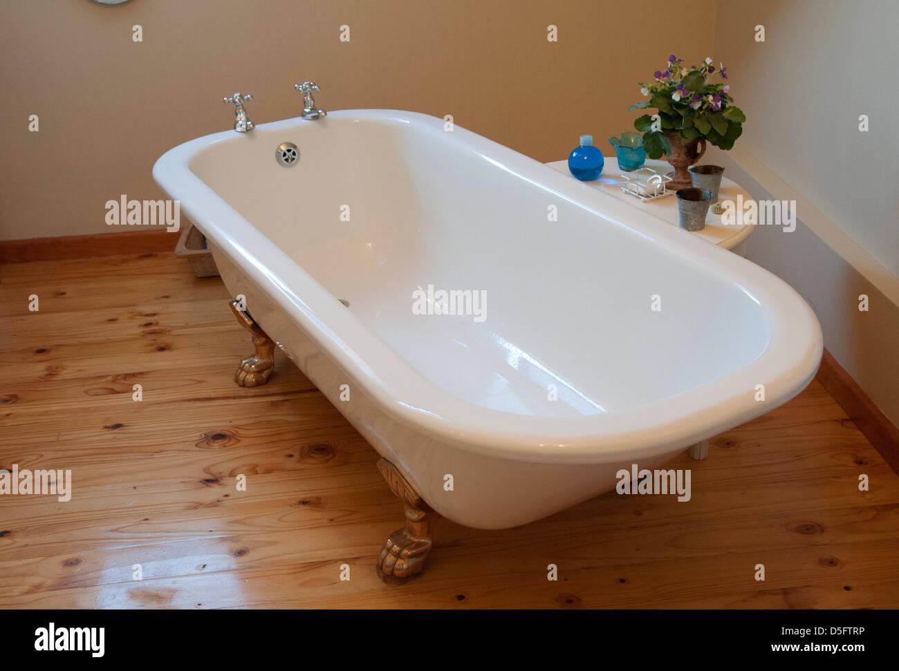 Vasca Da Bagno Old Style : Bagno accessori arredamento mobili vasche e sanitari cose di casa