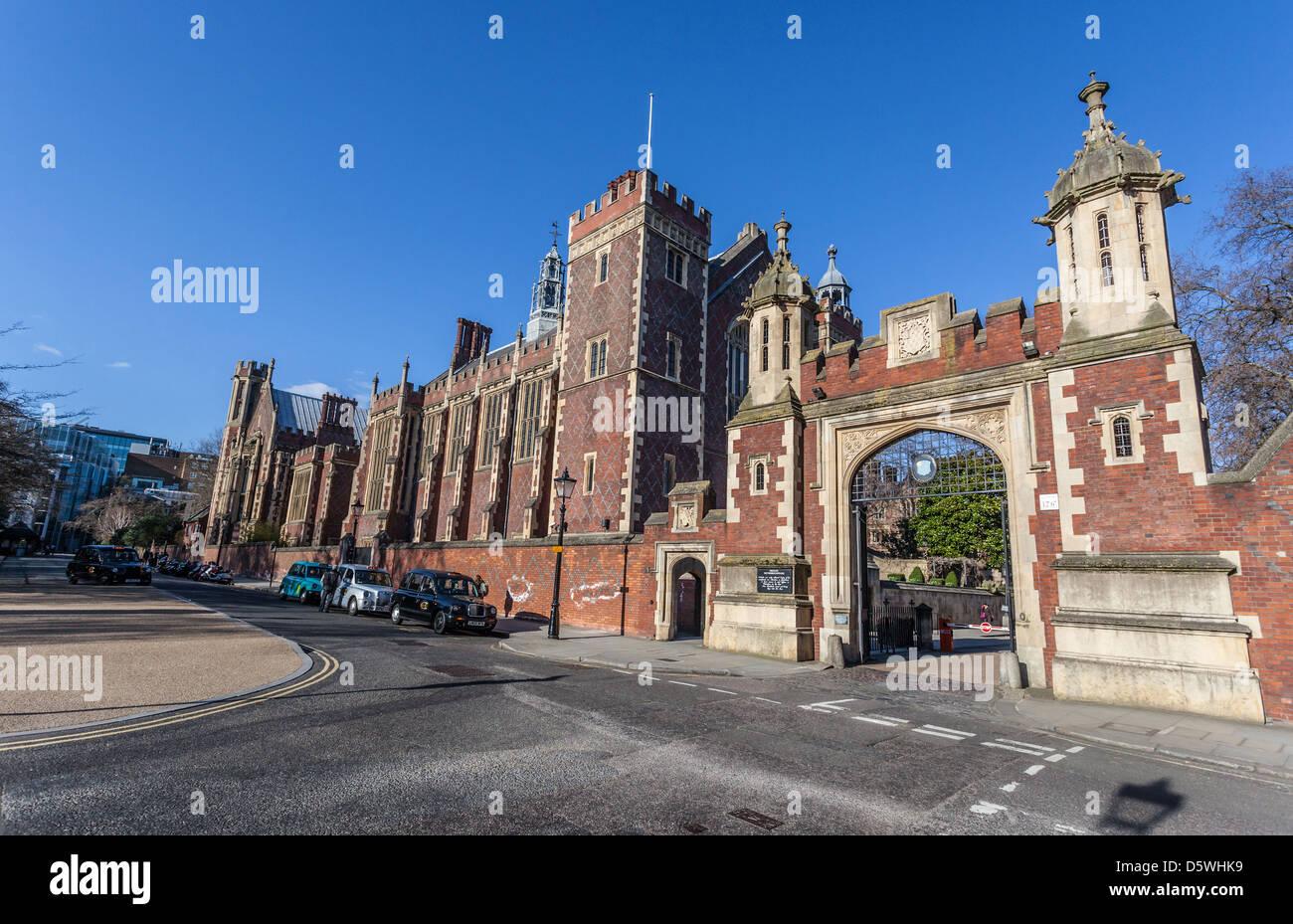 La casa di gate all'onorevole Società di LINCOLN' S INN, Lincolns Inn, Newman Row, Holborn, Londra, Immagini Stock