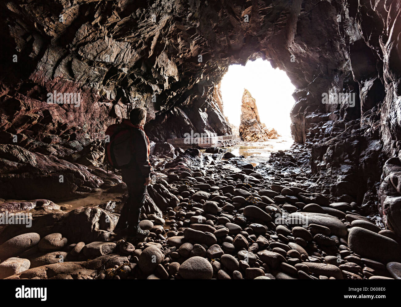 Plemont Grotta e ago Rock, Jersey, Isole del Canale, REGNO UNITO Immagini Stock