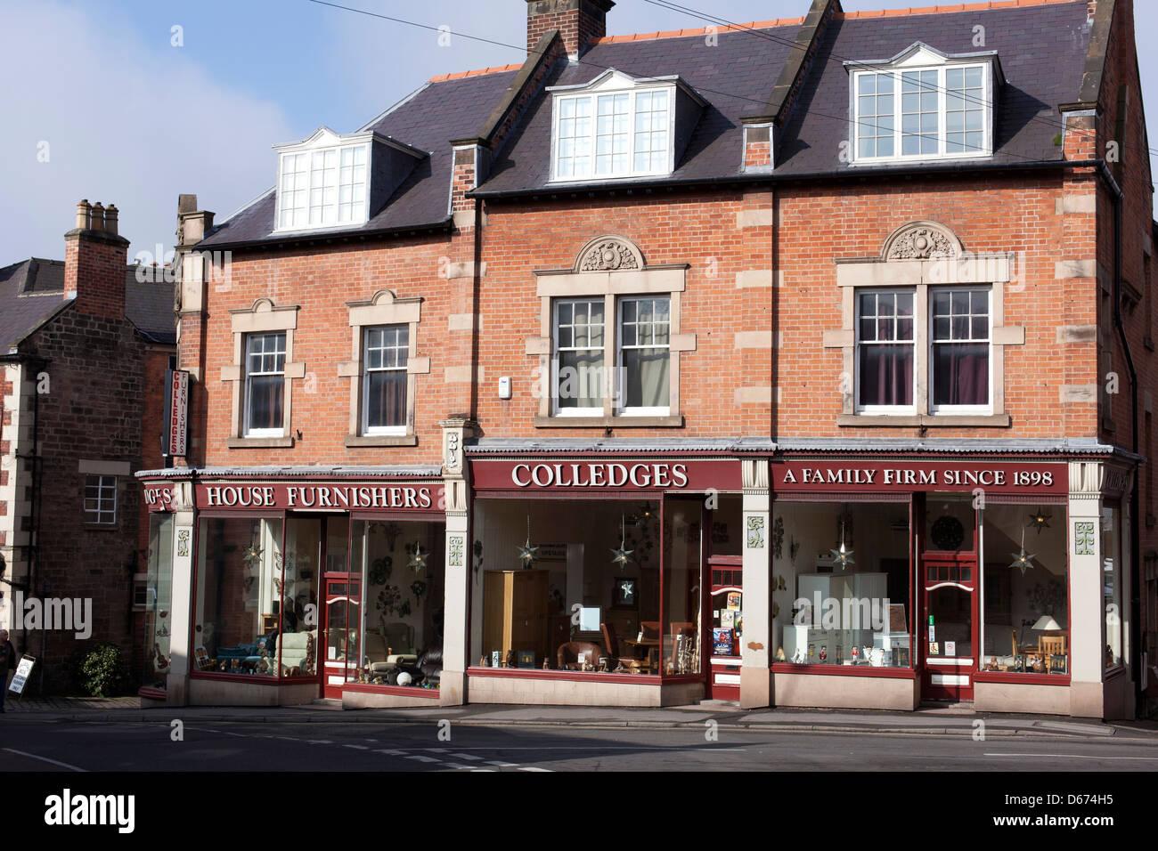 Colledges furniture store stabilito 1898, Luogo di mercato, Belper, Derbyshire, England, Regno Unito Immagini Stock