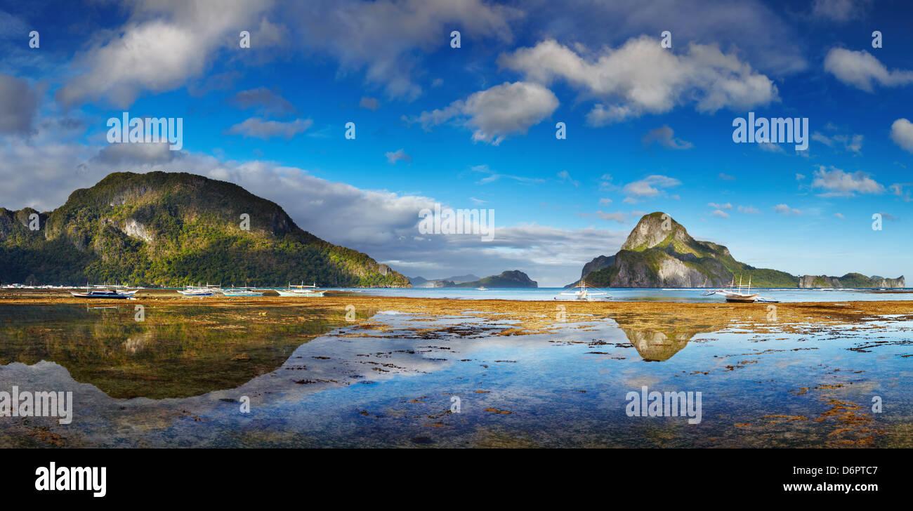 El Nido bay e Cadlao island con la bassa marea, PALAWAN FILIPPINE Immagini Stock
