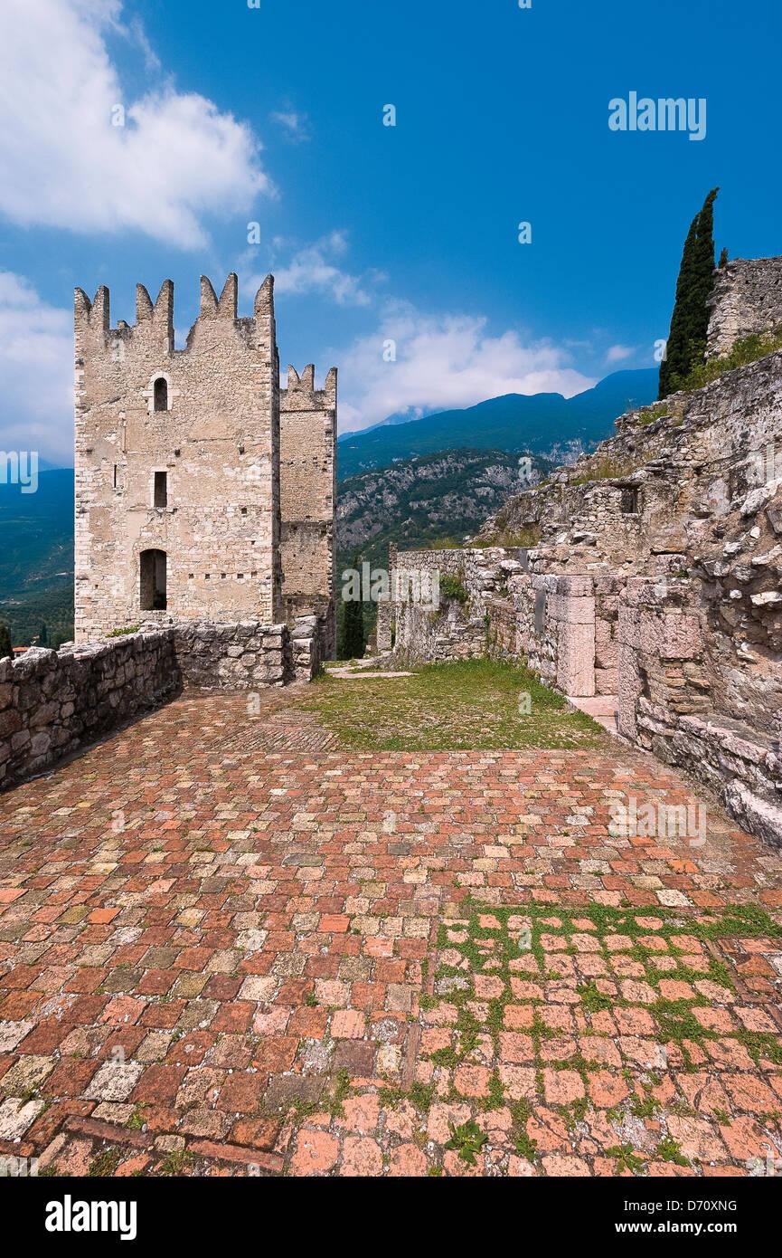 Trentino Alto Adige Provincia di Trento Arco il castello la grande torre Immagini Stock