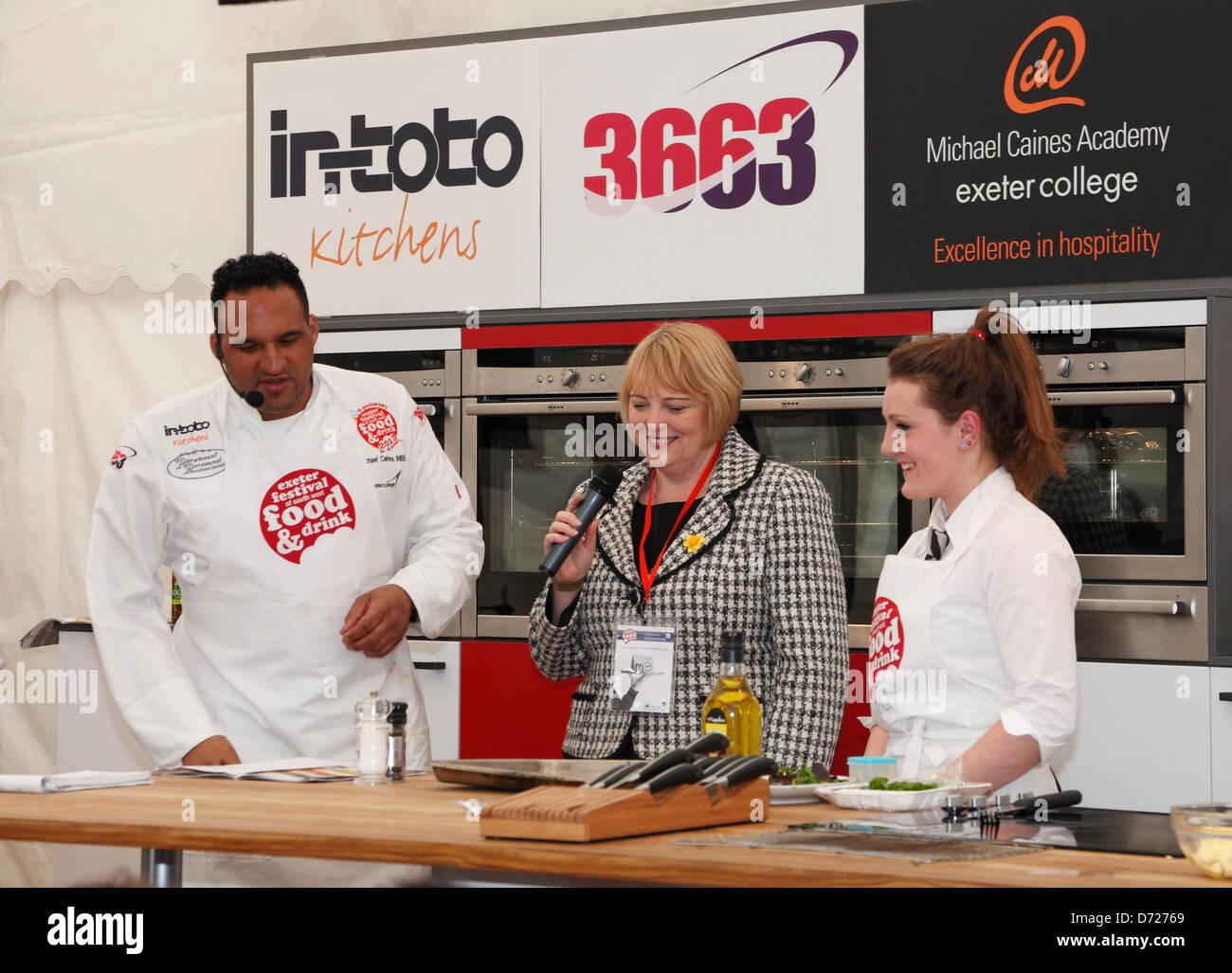Exeter, Regno Unito. Il 26 aprile 2013. Celebrity chef Michael Caines presso la Exeter Festival del sud-ovest di Immagini Stock