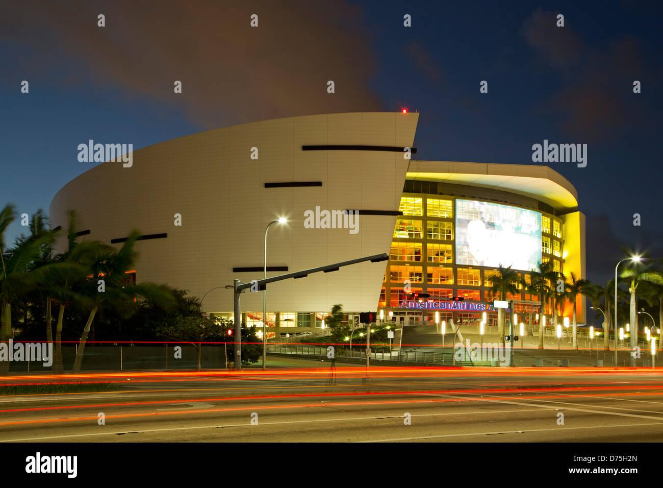 American Airlines Arena e striature chiare, Miami, Florida USA Immagini Stock