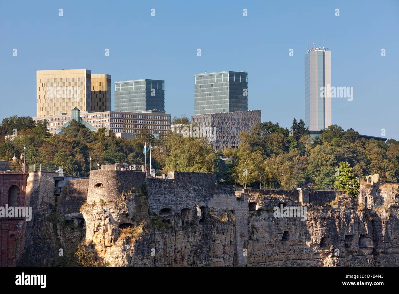 Vista degli edifici dell'UE nel quartiere europeo, Kirchberg-Plateau, città di Lussemburgo Immagini Stock