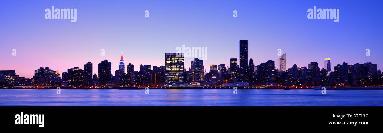 Panorama del centro cittadino di New York City Immagini Stock