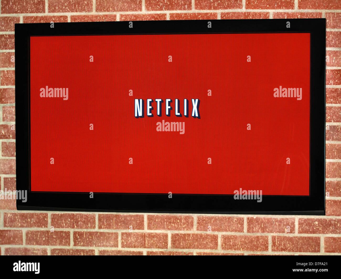 Netflix su schermo tv al plasma Immagini Stock