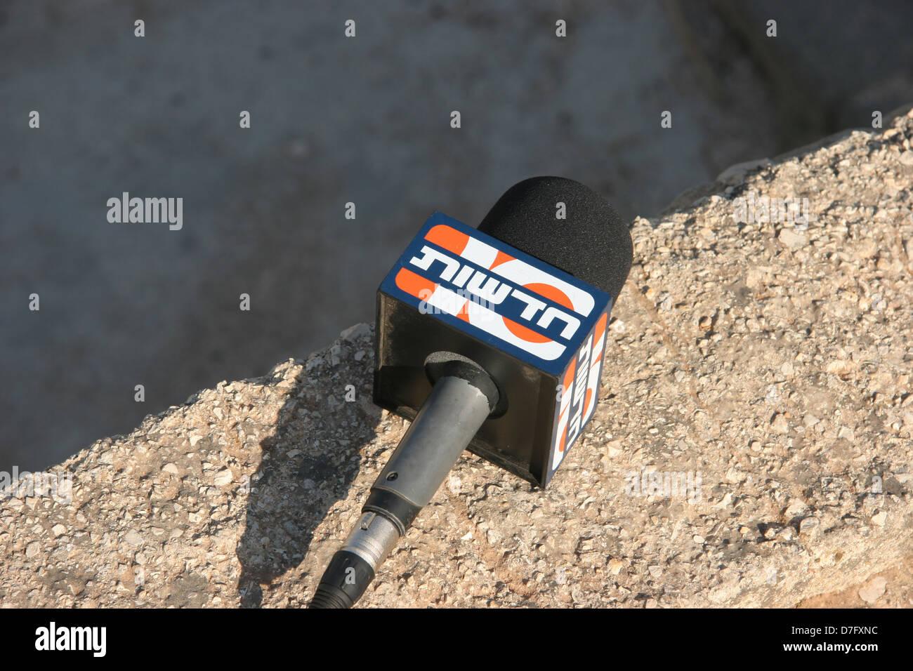 Il canale 10 (TV Israeliana) microfono Immagini Stock