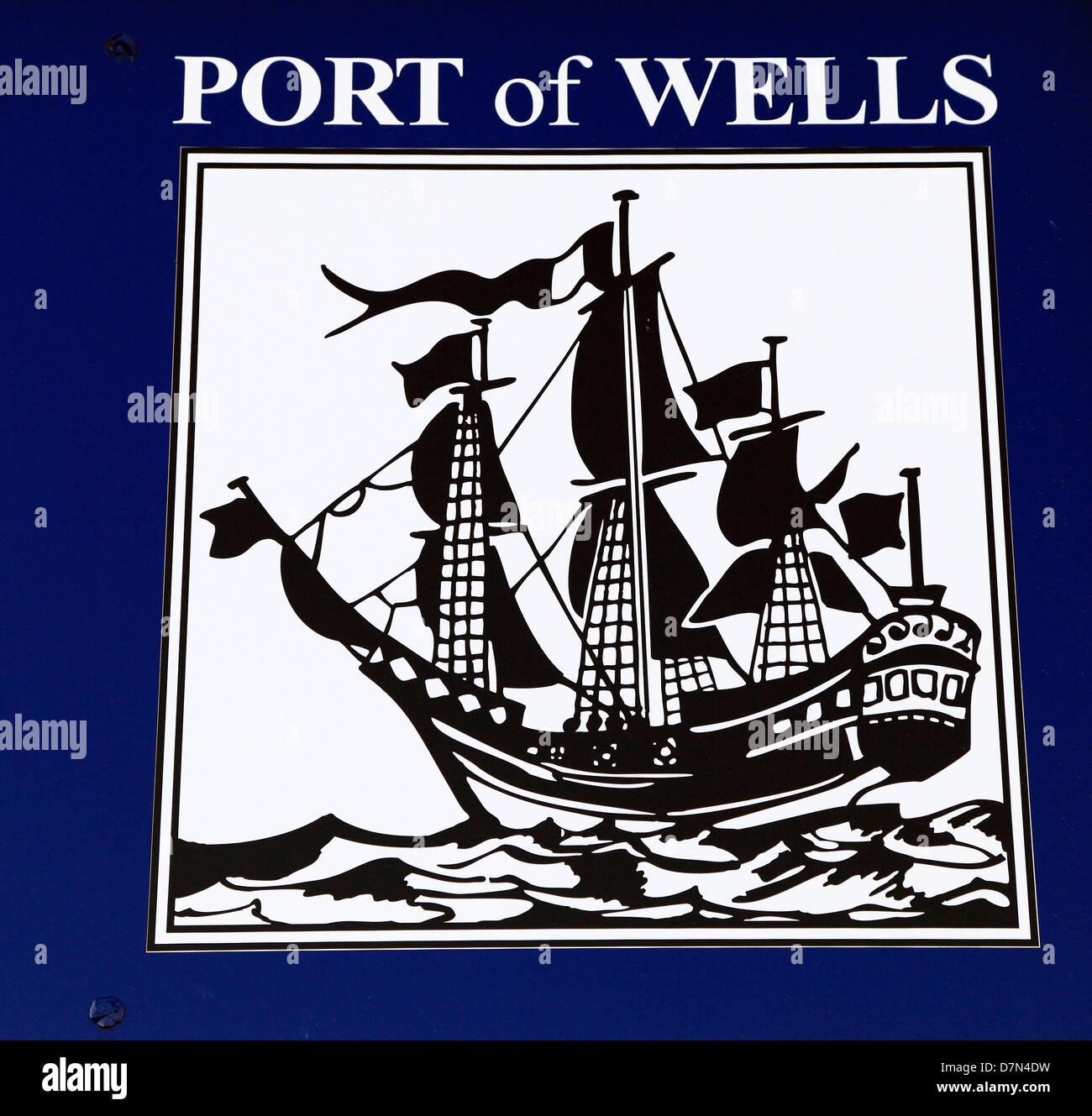 Pozzetti accanto al mare, Norfolk, Port Harbour Logo, England Regno Unito Foto Stock