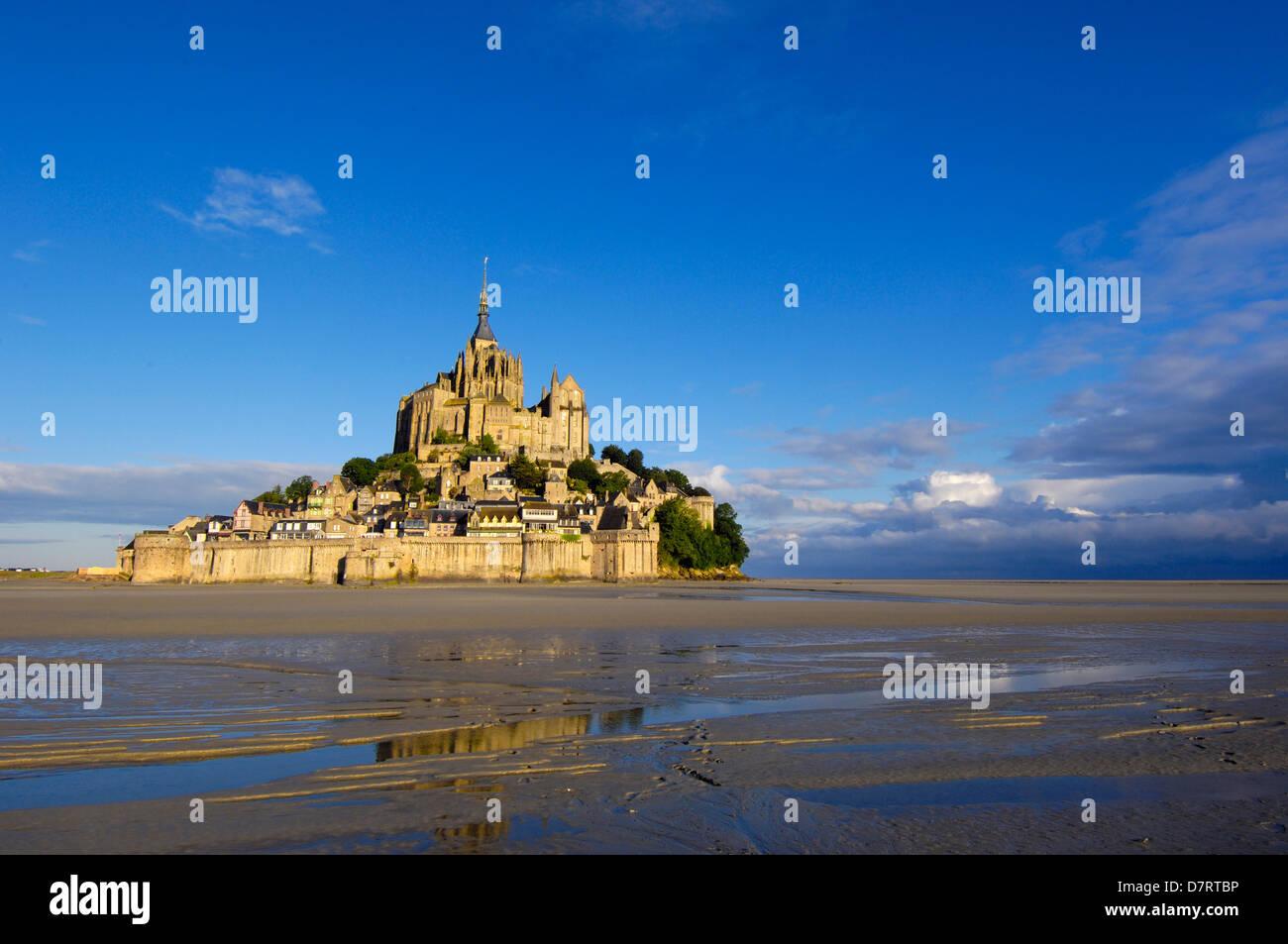 Mont-Saint-Michel (abbazia benedettina). La Normandia. Francia Immagini Stock