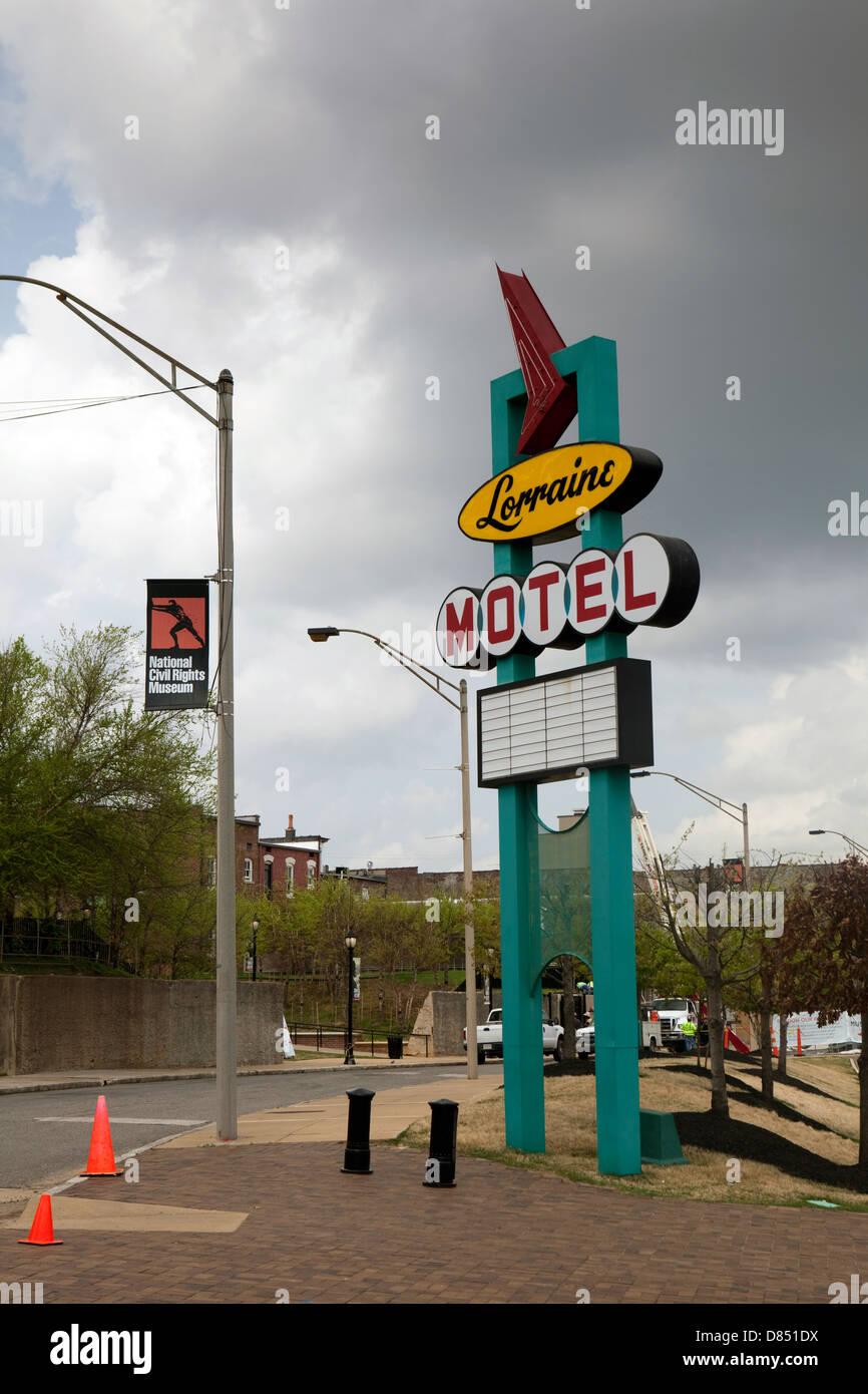 Una vista del Lorraine Motel segno a lui National Civil Rights Museum di Memphis, Tennessee Foto Stock