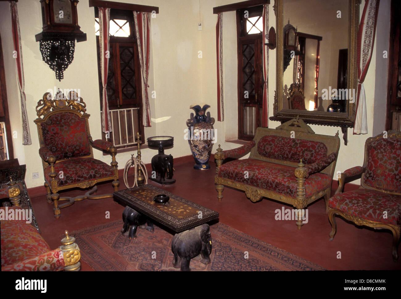 La ex sala soggiorno del Sultano di Zanzibar, ora il museo del ...