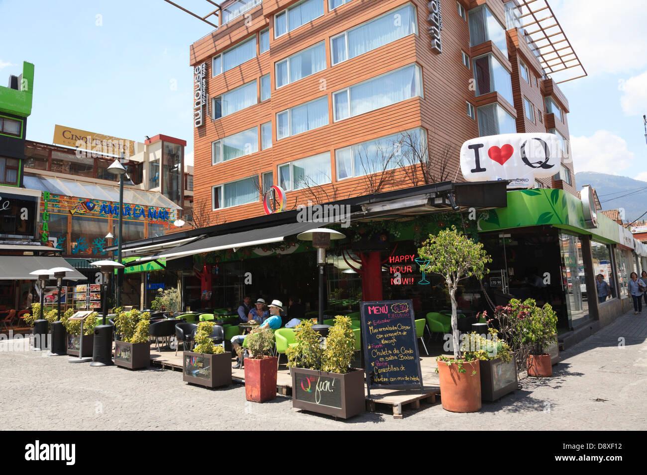 Plaza Foch, mangiare e bere, Quito, Città Nuova, Ecuador Immagini Stock