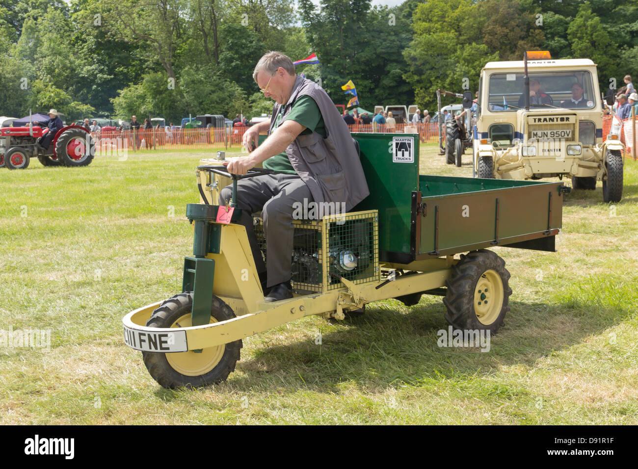 Carrello Da Giardino Usato : Un camion martin bonsar tre utilità delle ruote del carrello un