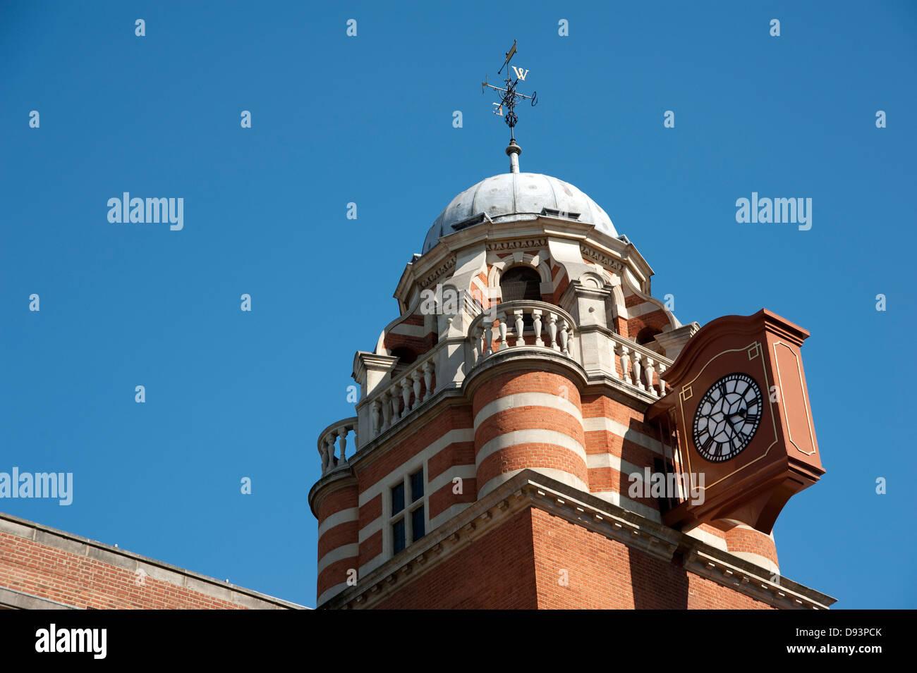 Dettaglio della City di Londra palazzo universitario Immagini Stock