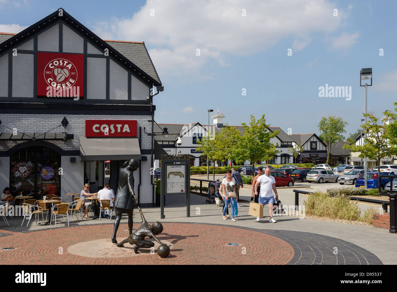 Shopping Outlet Immagini e Fotos Stock Alamy