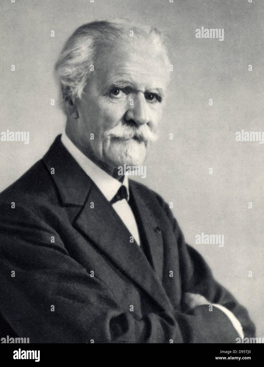 (Paul Marie Theodore) Vincent D'Indy (1851-1931) il compositore francese. Da una fotografia. Immagini Stock
