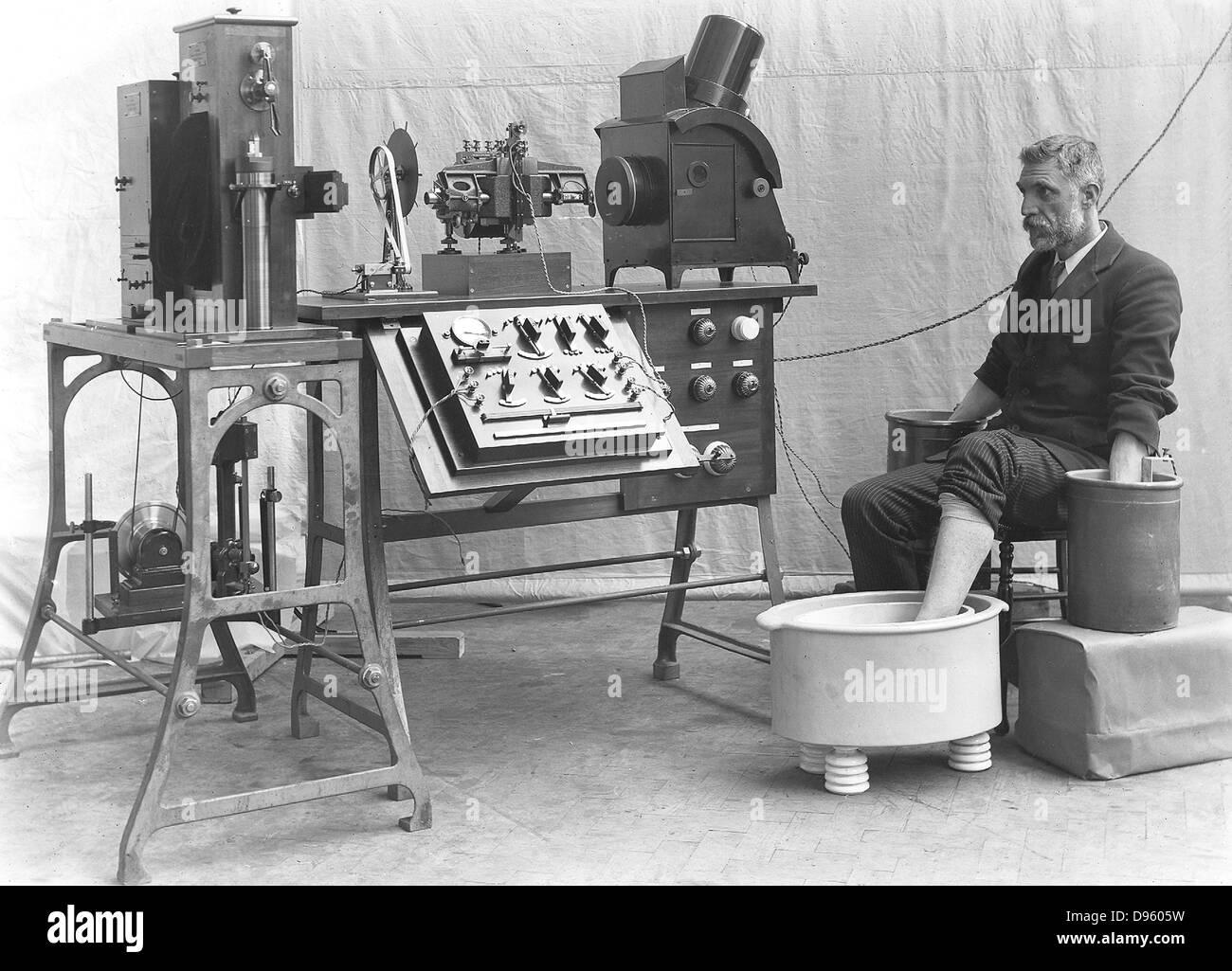 Cambridge elettrocardiografico della 1911. Realizzato da Cambridge Instrument Company, Inghilterra. Immagini Stock
