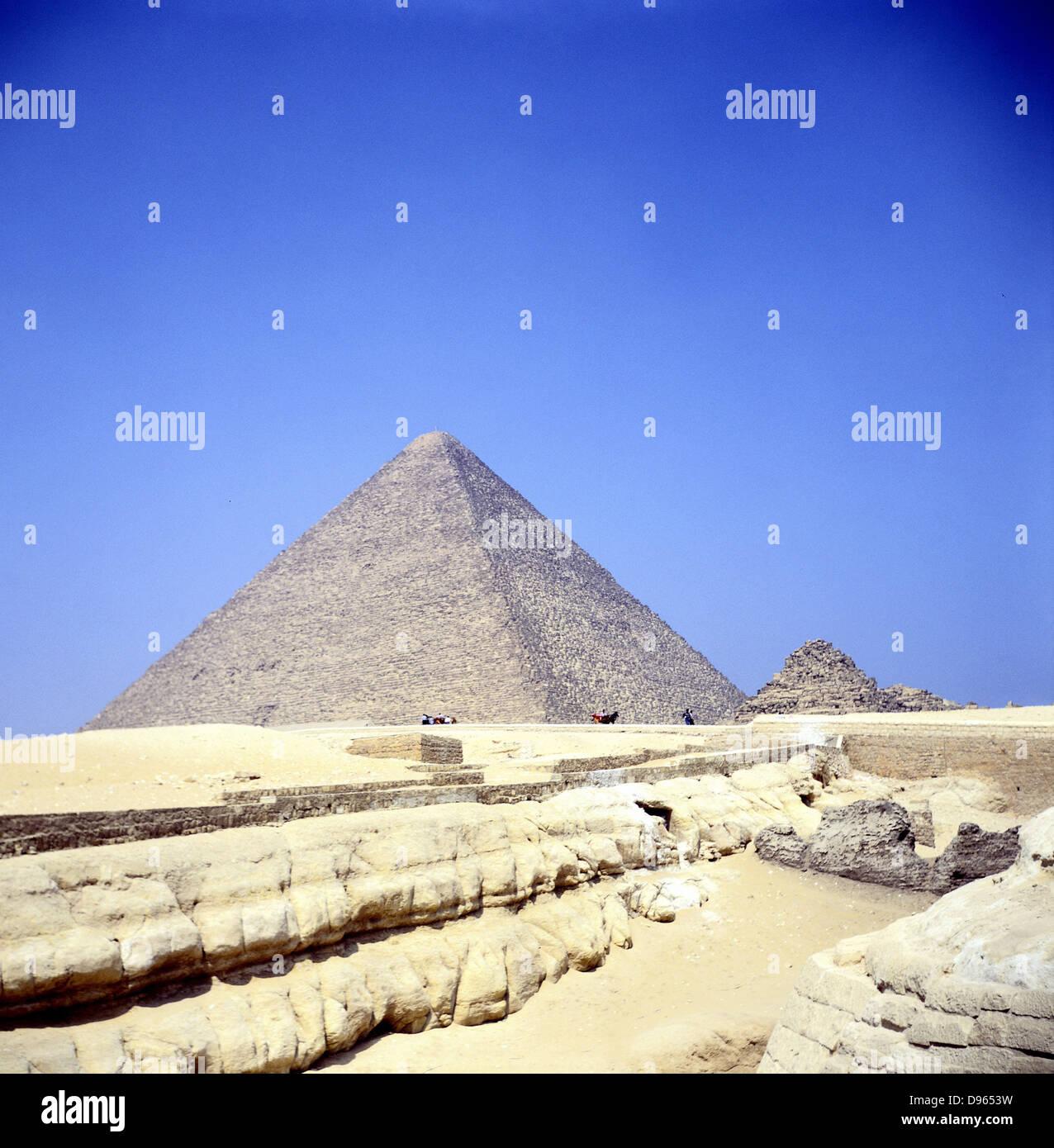 La Piramide di Giza. Piramidi di una delle sette meraviglie del mondo Immagini Stock