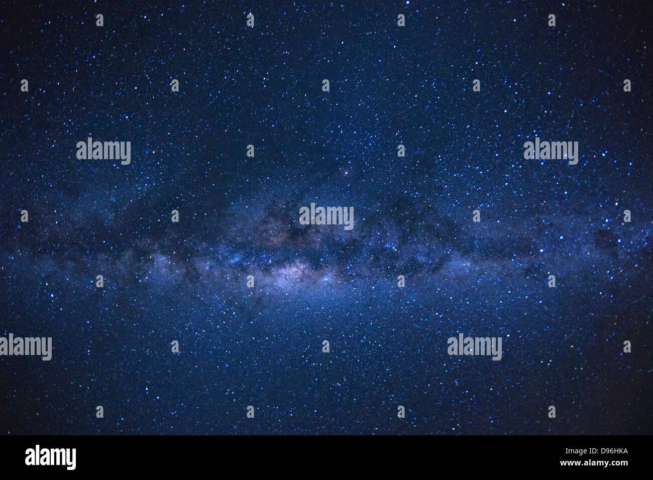 La Via Lattea come si vede dall'isola francese di la Reunion nell'Oceano Indiano. Immagini Stock