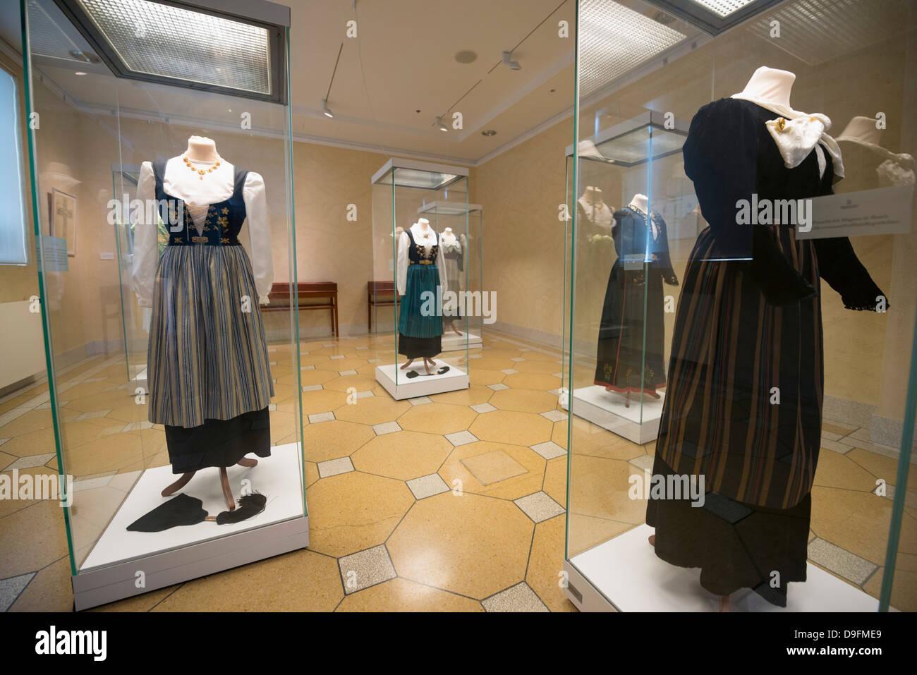 Visualizzazione di abbigliamento tradizionale, Museo Nazionale, Reykjavik, Islanda, regioni polari Immagini Stock