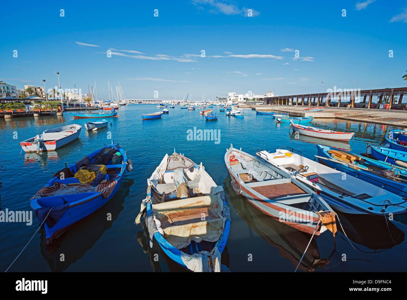Lungomare del porto di bari, puglia, Italia Immagini Stock