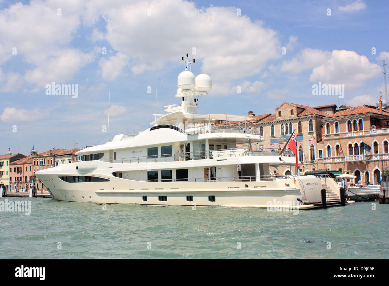 Yacht delle tossicodipendenze, IMO 1010193 Immagini Stock