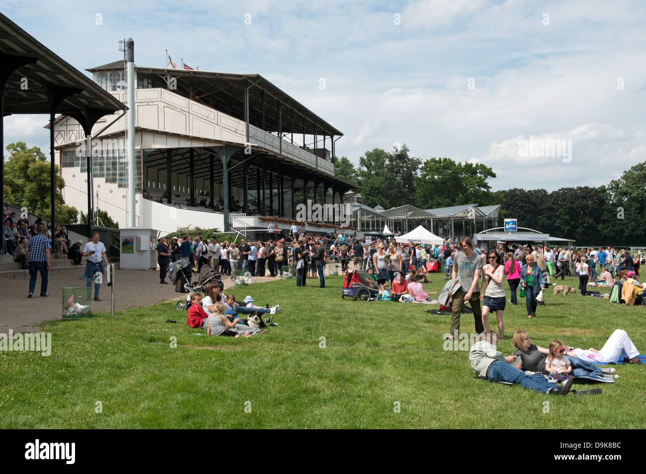 Colonia horse racing via Germania Immagini Stock