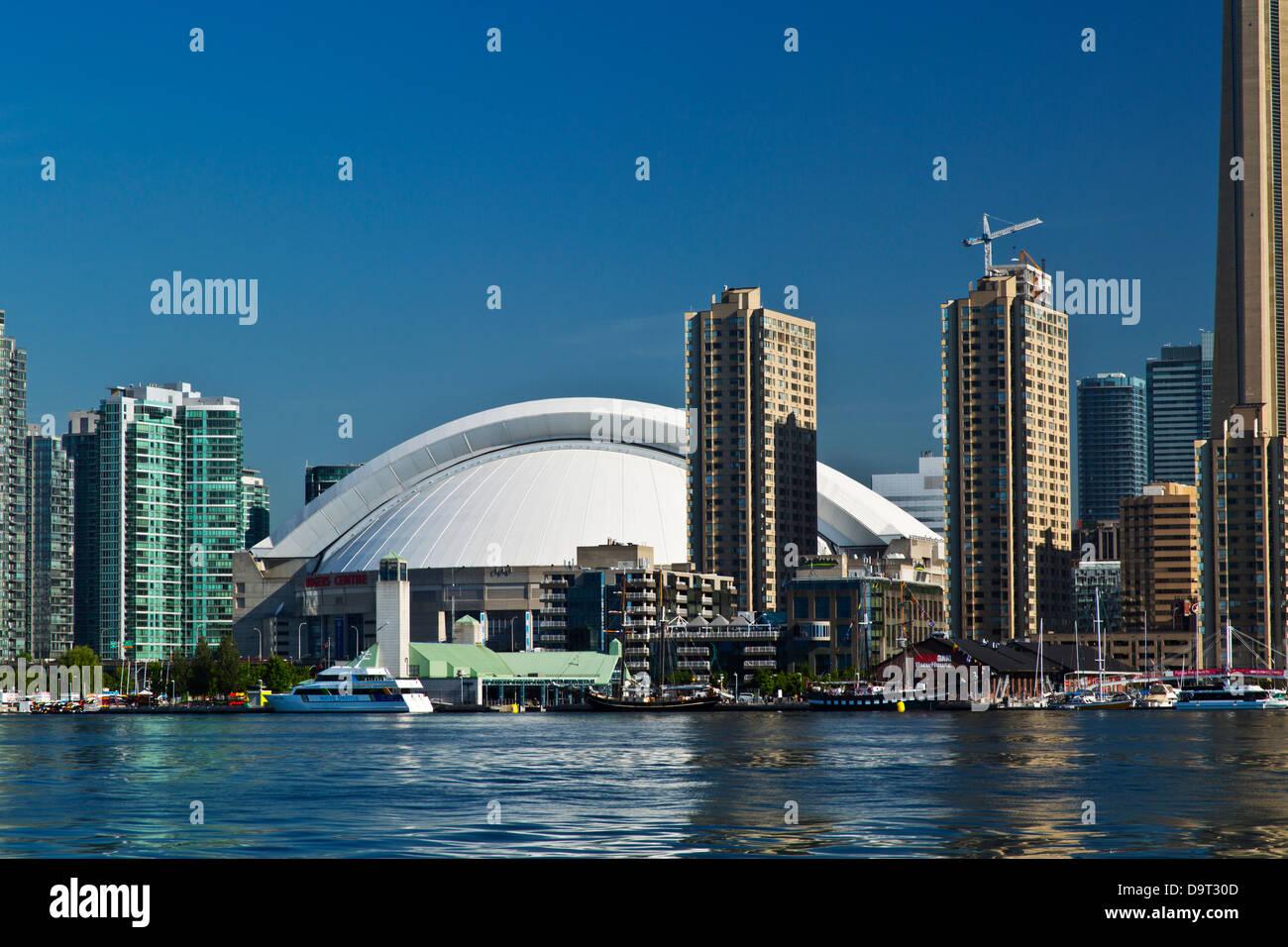 Toronto Skyline Giugno 2013 la luce diurna Immagini Stock