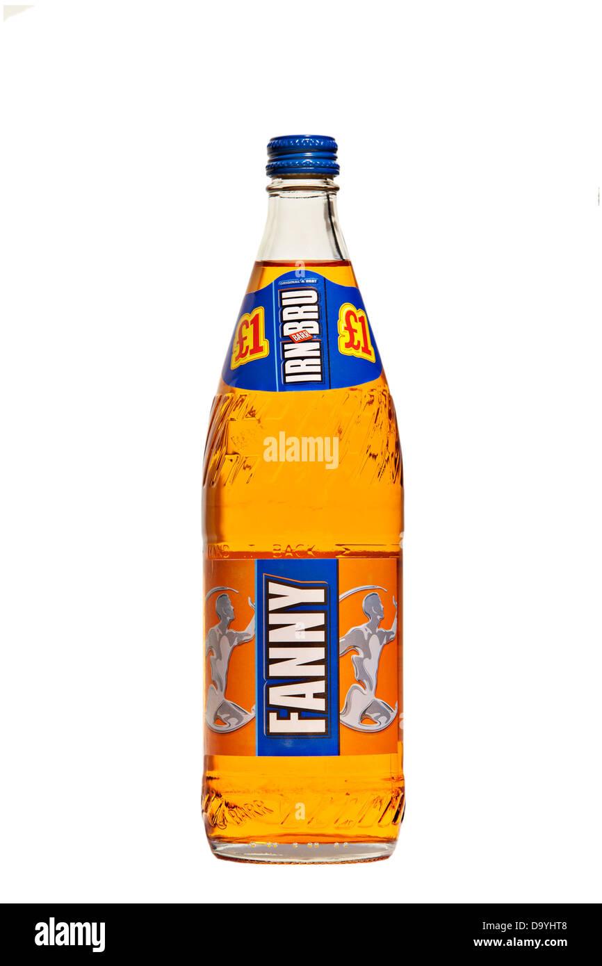 """Una bottiglia di vetro di Irn Bru con il nome """"Fanny' sull'etichetta contro uno sfondo bianco Immagini Stock"""