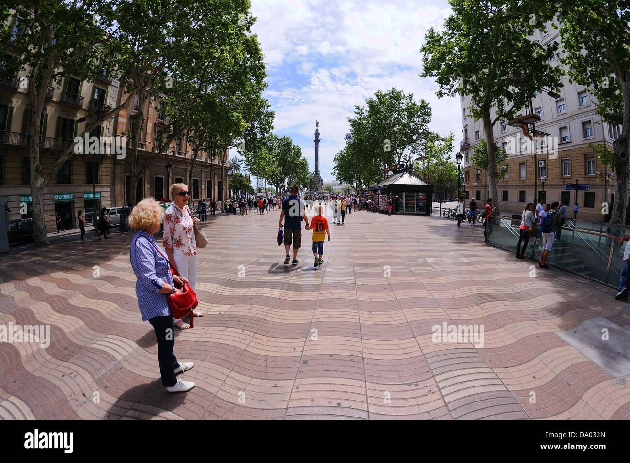 Passeggiate Avenue di Barcellona. Immagini Stock
