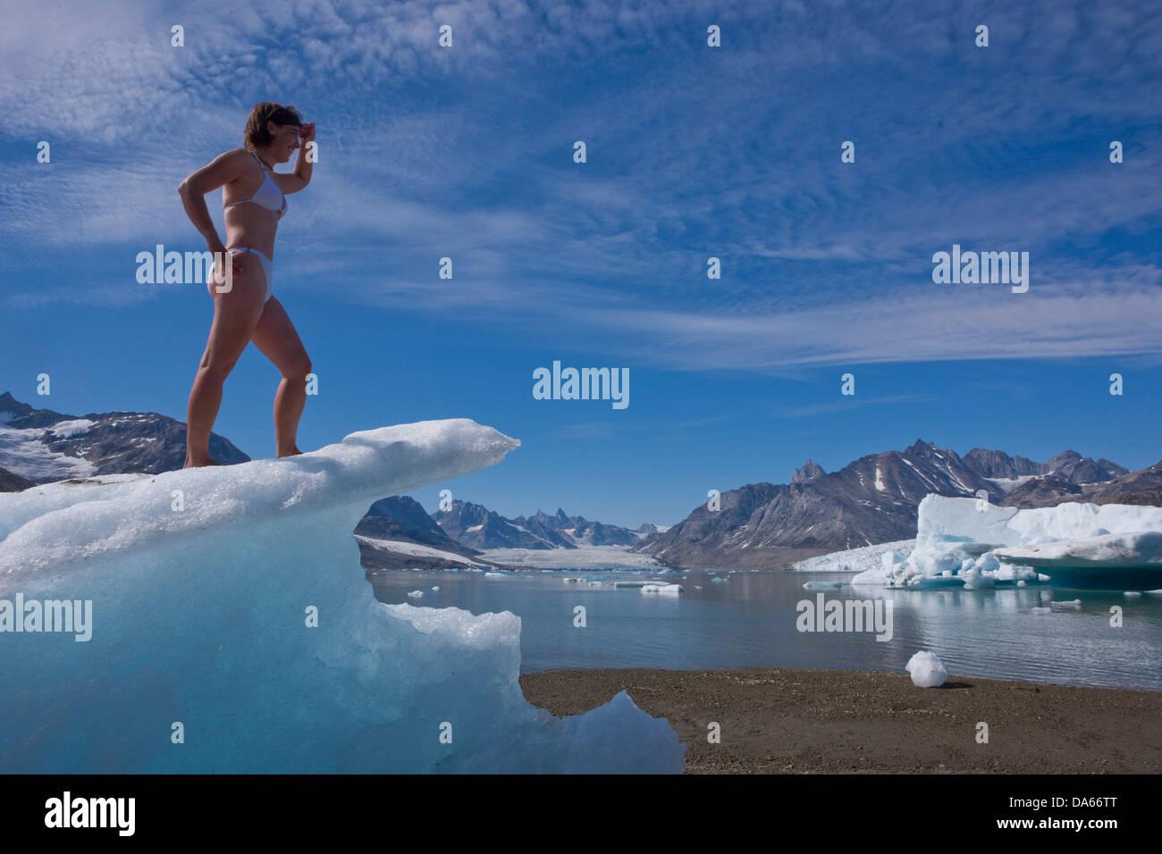 Sermiligaaq, Baden, Karale, camp, Groenlandia, est della Groenlandia, ghiacciaio, ghiaccio, Moraine, bagno, donna Immagini Stock