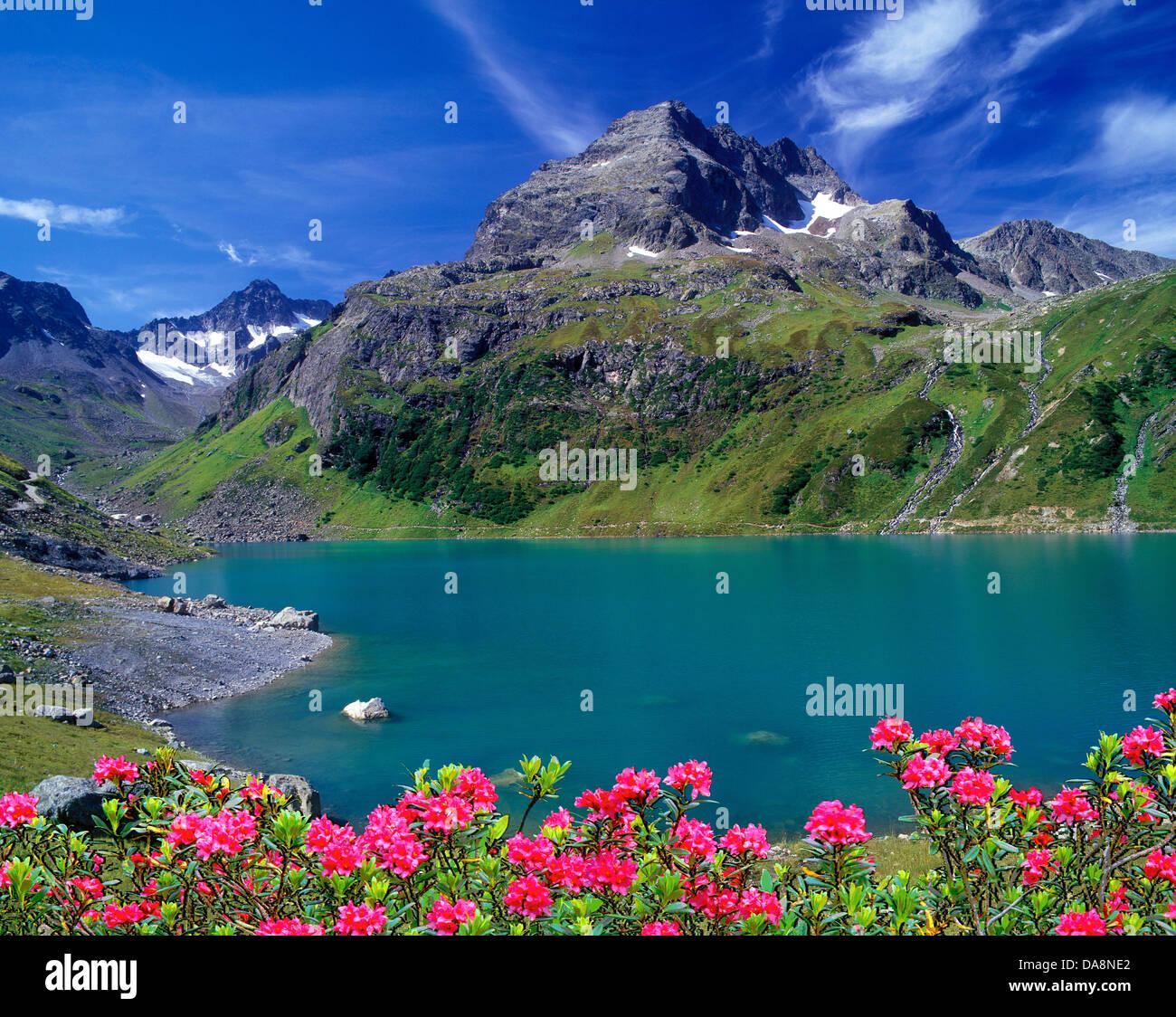 Austria, Europa Tyrol, St. Anton am Arlberg, lago di cartello, Küchelspitze, Faselfadspitzen, lago di montagna, Immagini Stock
