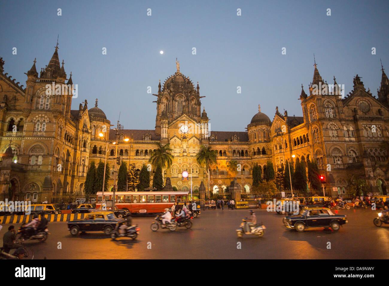 India India del Sud, Asia, Maharashtra, Mumbai Bombay, Città, Dadabhai Naoroji, Road, la stazione Victoria, Immagini Stock