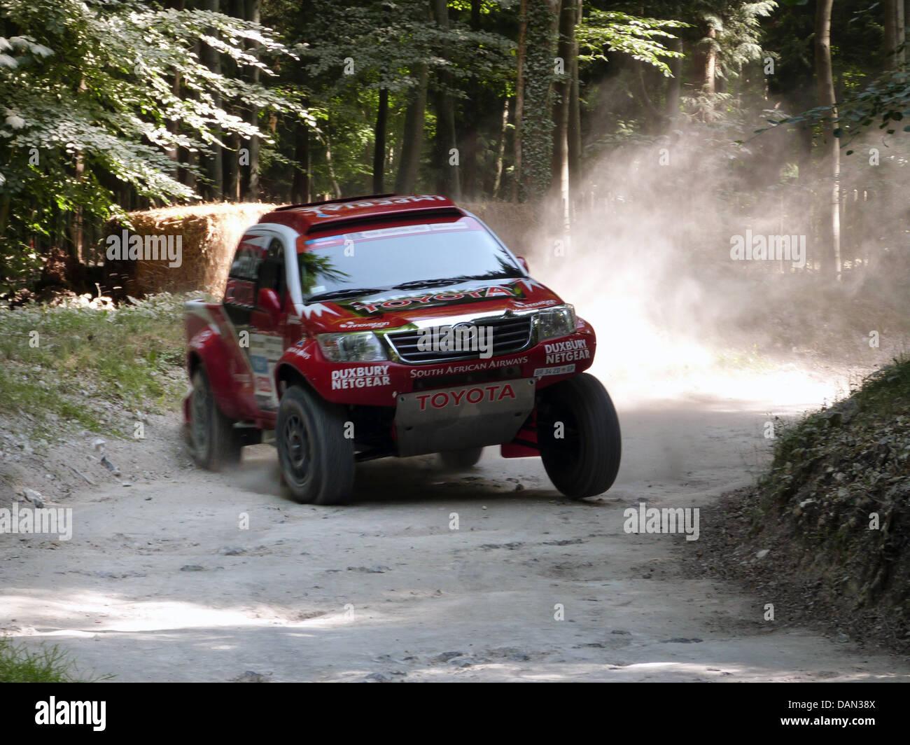 Toyota HI LUX rally 2013 Goodwood Festival della velocità Immagini Stock
