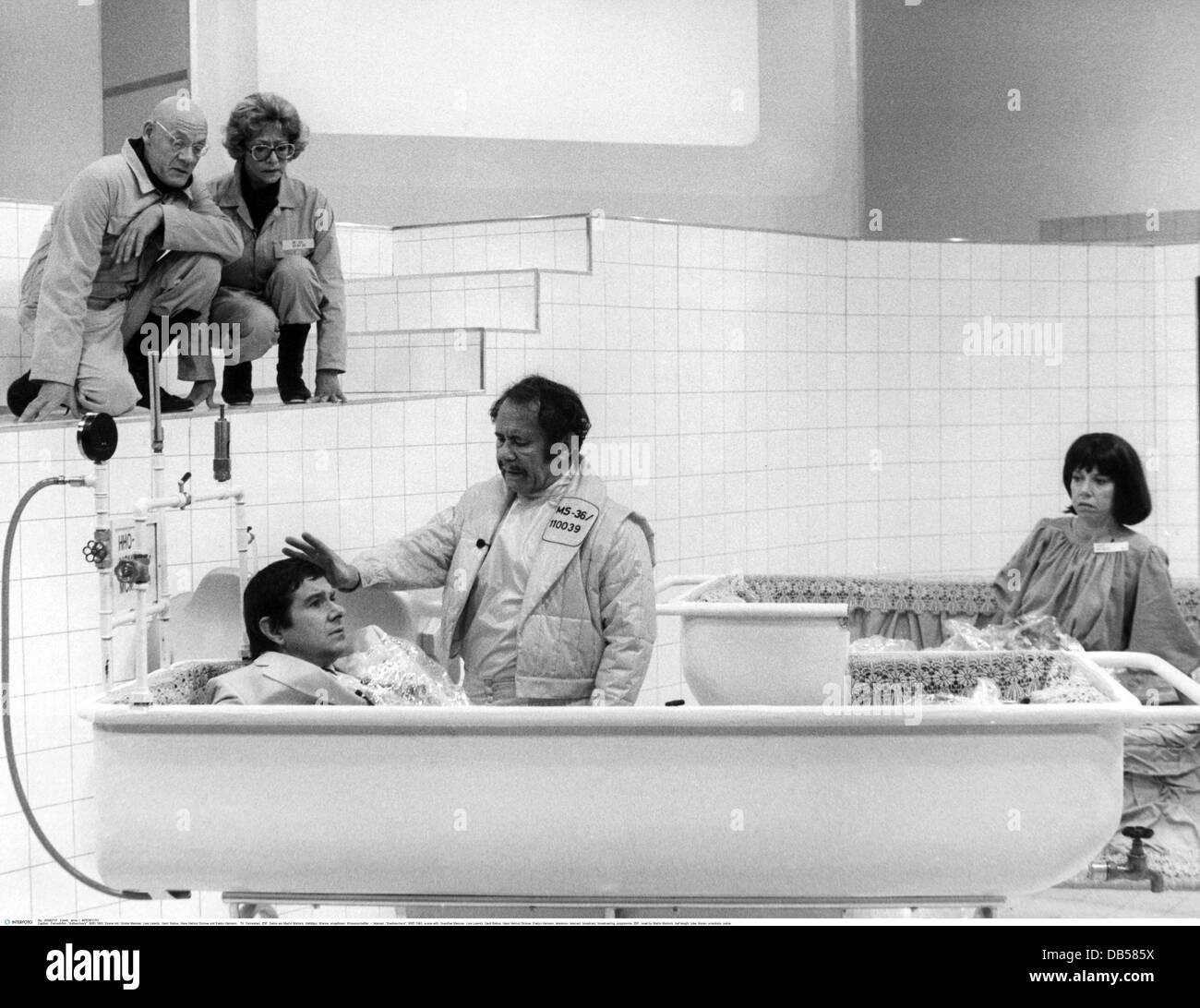 Teletrasmissione, 'Kaelteschock', BRD 1983, Scena con: Guenther Meisner, Lore Lorentz, Gerd Baltus, Hans Immagini Stock