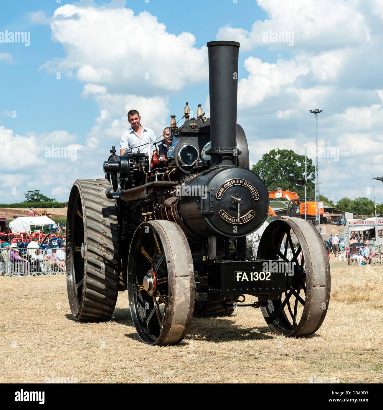 Fowler motore trazione FA 1302 a Welland rally di vapore, vicino a Malvern Hills, Worcestershire, Regno Unito. Immagini Stock