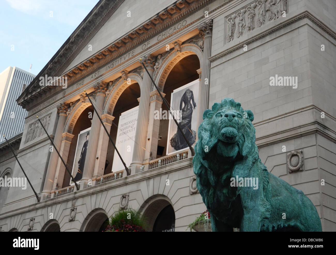 CHICAGO - 18 luglio: L'Art Institute of Chicago è mostrato qui sulla luglio 18, 2013. Immagini Stock
