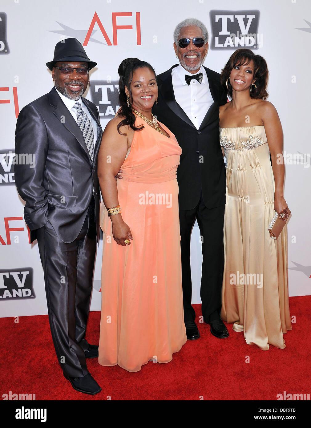 Morgan Freeman con i suoi figli e nipoti 2011 'TV Land presenta: AFI Life Achievement Award in onore di Morgan Immagini Stock