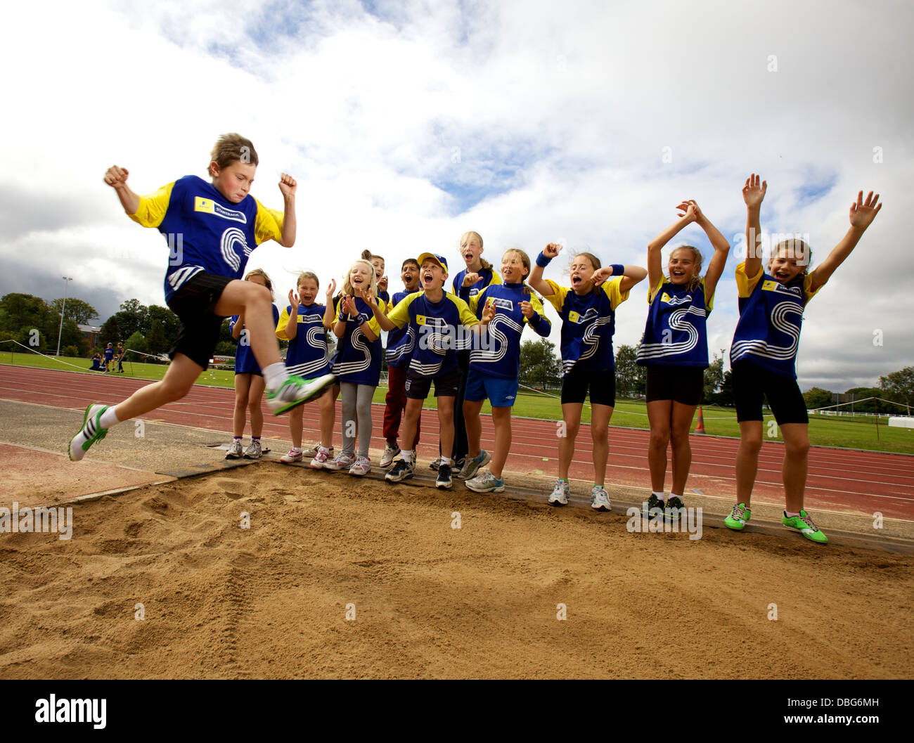 I bambini su atletica summer camp Immagini Stock
